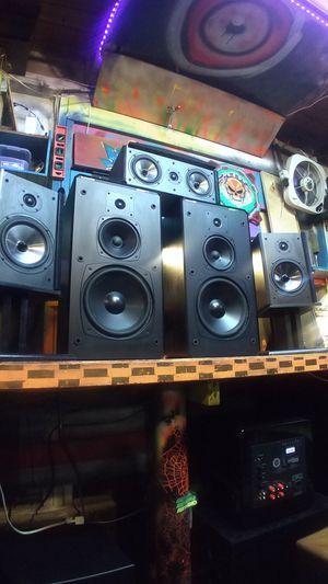 Boston acoustics surround sounds 5 speaker setup for Sale in Auburn, WA