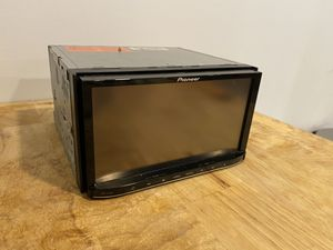 Car Stereo head unit built in DVD/CD 7in screen for Sale in Washington, DC