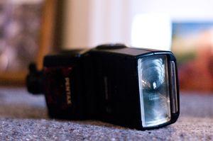 Pentax AF 360 FGZ flash for Pentax and Samsung digital slr cameras (w. Case) for Sale for sale  Sacramento, CA