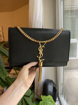 Ysl Kate smooth leather crossbody bag with tassel for Sale in Bainbridge Island, WA