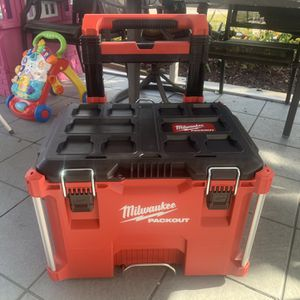 Milwakee Rolling Box for Sale in Fort Lauderdale, FL