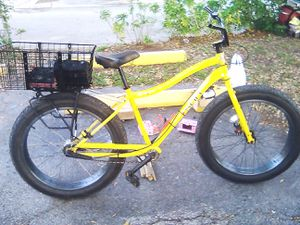 "Sun bicycle, 26"" 4.0 Fat tire. Electric bike conversion 12volt 20ah batteries. for Sale in Hollywood, FL"