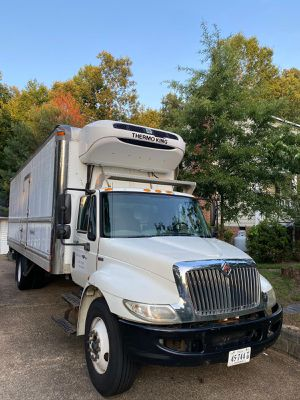 2013 International 4300 refrigerated for Sale in Chesterfield, VA