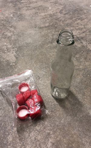 (14) Hot Sauce Bottles (Glass) with Caps for Sale in Miami, FL