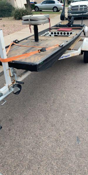 10' jon boat w/ trailer for Sale in Mesa, AZ