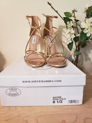 Steve Madden Rose Gold Mettalic open toe heels for Sale in Atlanta, GA