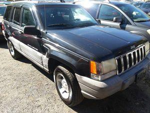 1998 Jeep Grand Cherokee Laredo 4x4 180k Winter Ready for Sale in Bowie, MD