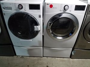 LG front load washer gas dryer w pedestal for Sale in Tustin, CA