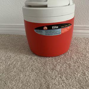Igloo Elite 1 Gallon Cooler for Sale in Temecula, CA