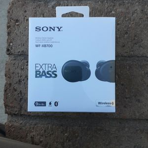 NiB Sony Truly Wireless Headphones W/ Xtra Bass WF-XB700 for Sale in Phoenix, AZ