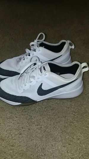 Nike Zoom shoes size 8 men& women for Sale in Columbus, OH