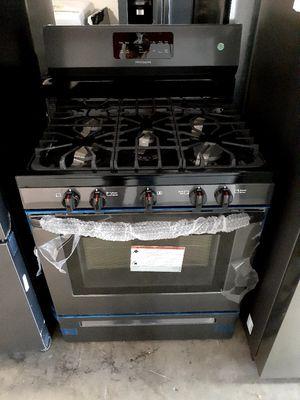 New Frigidaire 5 Burner Gas Stove for Sale in Artesia, CA