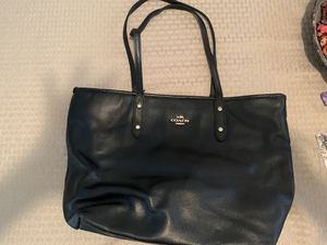 Coach purse for Sale in Port St. Lucie, FL