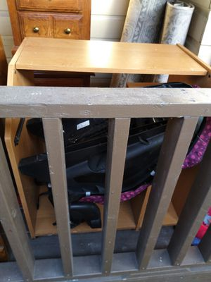 Computer desk with roll out for Sale in San Benito, TX