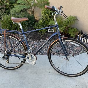 "Giant Momentum 7-speed Large Frame 700c Wheels ""City Commuter"" Retail $550 for Sale in Lakeside, CA"