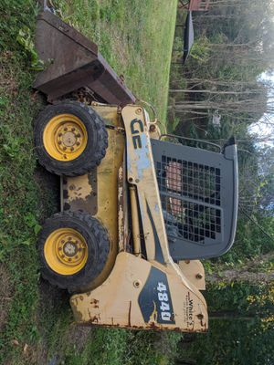 2004 gehl 4840 skid steer for Sale in Shenandoah, PA
