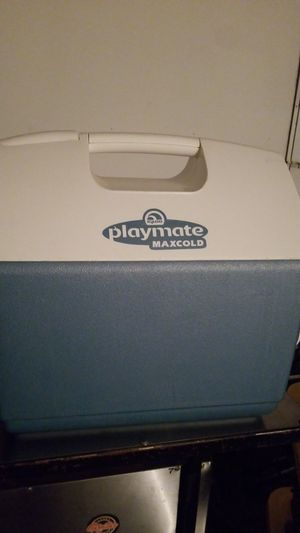Cooler for Sale in West Covina, CA