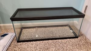 20 gallon glass aquarium for Sale in Canonsburg, PA