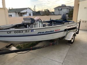 Princecraft Pro Series 169 Aluminum fishing boat, Minn Kota trolling motor, new seats, marine blanket and glue, Elrctric trailer dolly, motor flusher for Sale in Temple City, CA