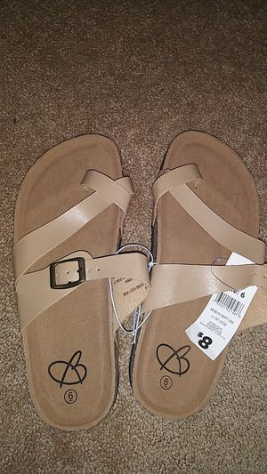 Womens sandals size 6 for Sale in Davenport, FL