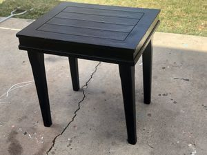 Modern Black End Table $26 for Sale in Denver, CO