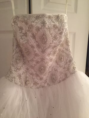 White Strapless Wedding Dress for Sale in Severn, MD