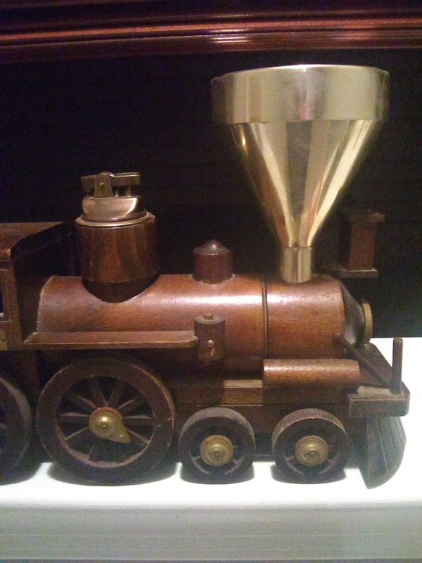 Train made of wood William Mason b&o railroad