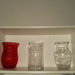 Beautiful floral vases (3) for Sale in New York, NY