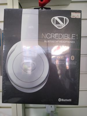 NCREDIBLE BLUETOOTH WIRELESS HEADPHONES for Sale in Chicago, IL