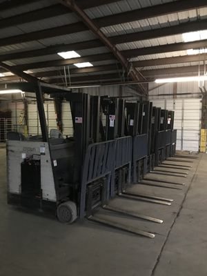 Crown Electric Forklift for Sale in St. Louis, MO