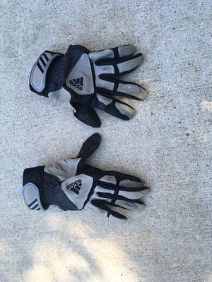 Boys baseball batting gloves, size YM (Youth Medium) for Sale in Chesterfield, MO