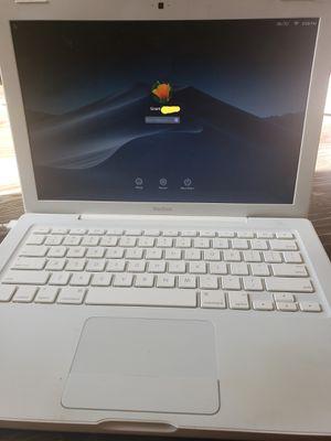 Macbook 2009 for Sale in Aliso Viejo, CA