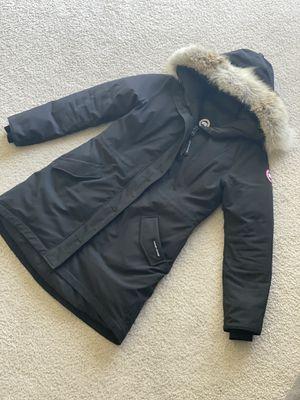 Canada Goose Rossclair Parka Black Size L 100% authentic for Sale in Farmington Hills, MI