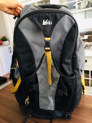 REI Backpack Men's Travel/hiking/computer for Sale in San Diego, CA