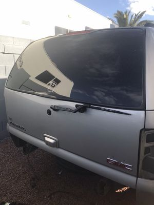 Rear 2004 Denali hatch/door for Sale in Las Vegas, NV