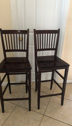 Wooden long stool chairs for Sale in Kissimmee, FL