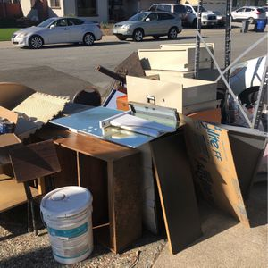 Free for Sale in San Leandro, CA