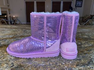 NEW pink sparkle glitter sequin UGGS size 5 for Sale in Cape Coral, FL