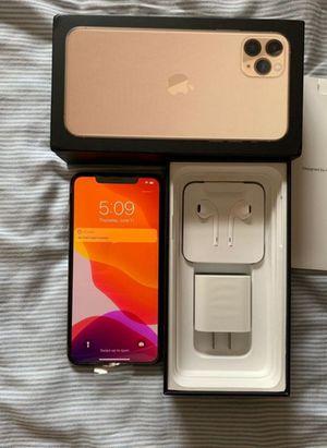 iPhone 11 pro max for Sale in Manhattan Beach, CA