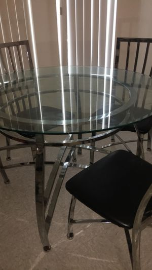 Kitchen table for Sale in Oroville, CA