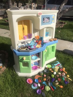 Vintage big kitchen for Sale in El Monte, CA