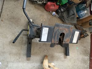 Gooseneck Trailer Hitch for Fifth Wheel for Sale in Vista, CA
