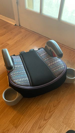 Booster carseat for Sale in Bedford, TX