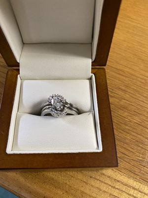 14 K white gold diamond marquises wedding ring with 10 smaller diamonds size 7. Appraised in 2018 for $2225.00. Will supply appraisal paperwork. for Sale in Kent, WA