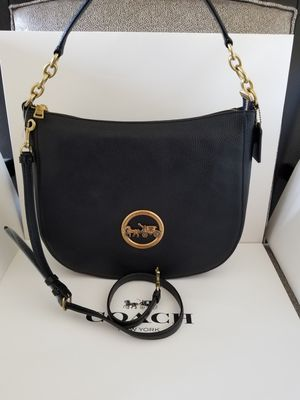 AUTHENTIC COACH WOMEN HANDBAG NWT AND GIFT BOX for Sale in Santa Ana, CA