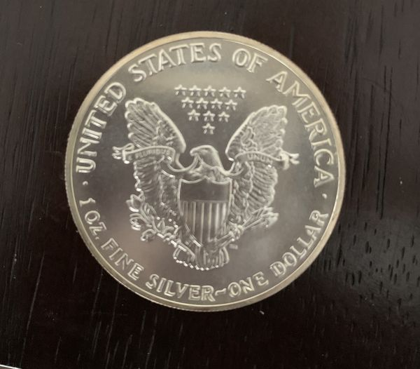 1989 American eagle walking liberty Silver Dollar