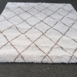 Gertminian Shag Rug - Delivery Available for Sale in Tacoma,  WA
