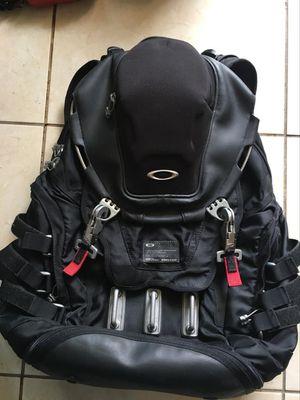 oakley tactical field gear backpack for Sale in Miami, FL