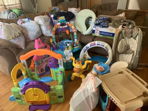 Skip JBF!!! Infant - 3t Kids clothes, shoes, toys and accessories for Sale in Buckley, WA