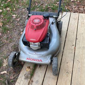 Honda dual blade commieral lawn mower for Sale in Virginia Beach, VA